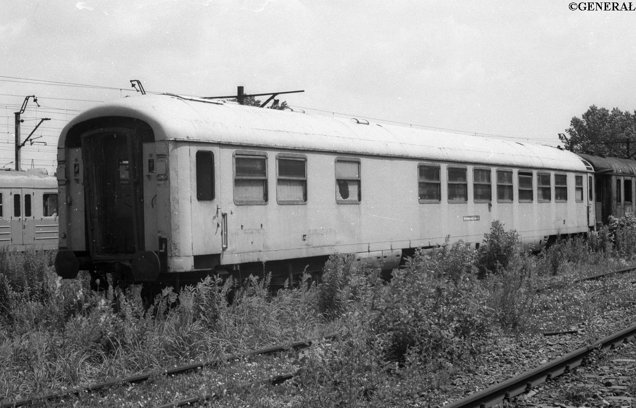 0143 wagon restauracyjny 515588-48016-1 krakow 1988 (2).jpg