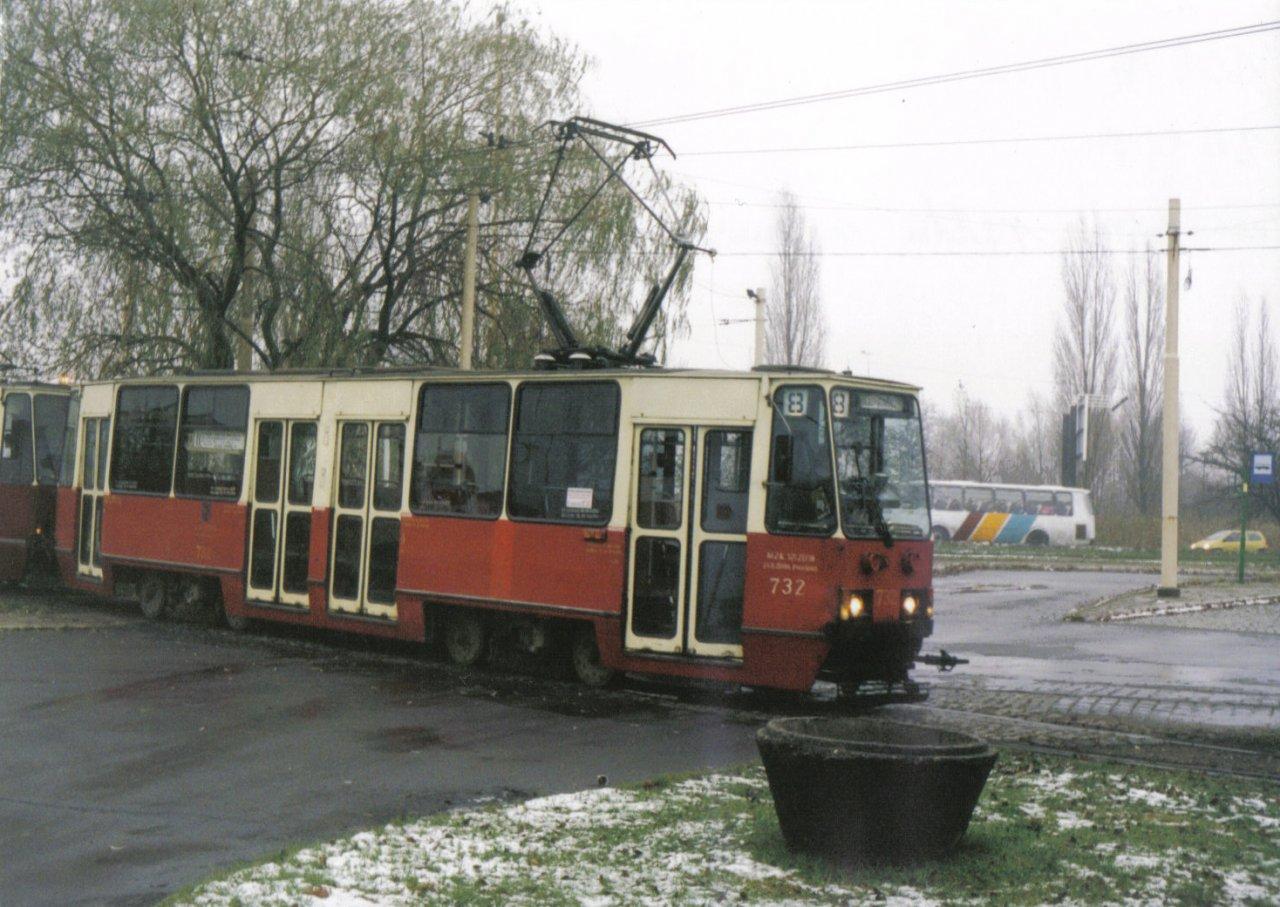 105Na-732 25.11.99 Szczecin.jpg