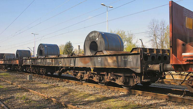 15. wagony ze stalą 06.jpg