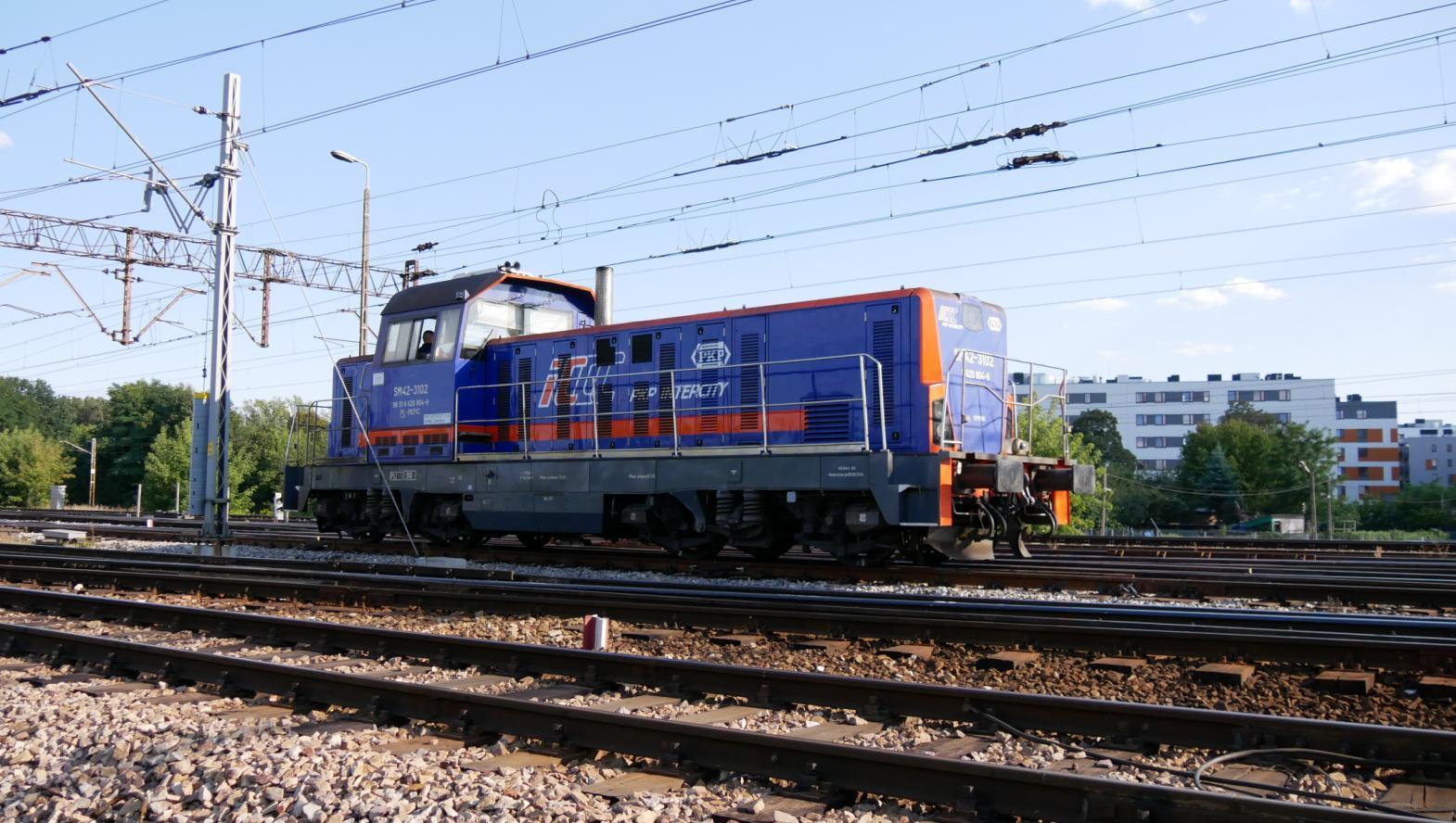 3102.JPG