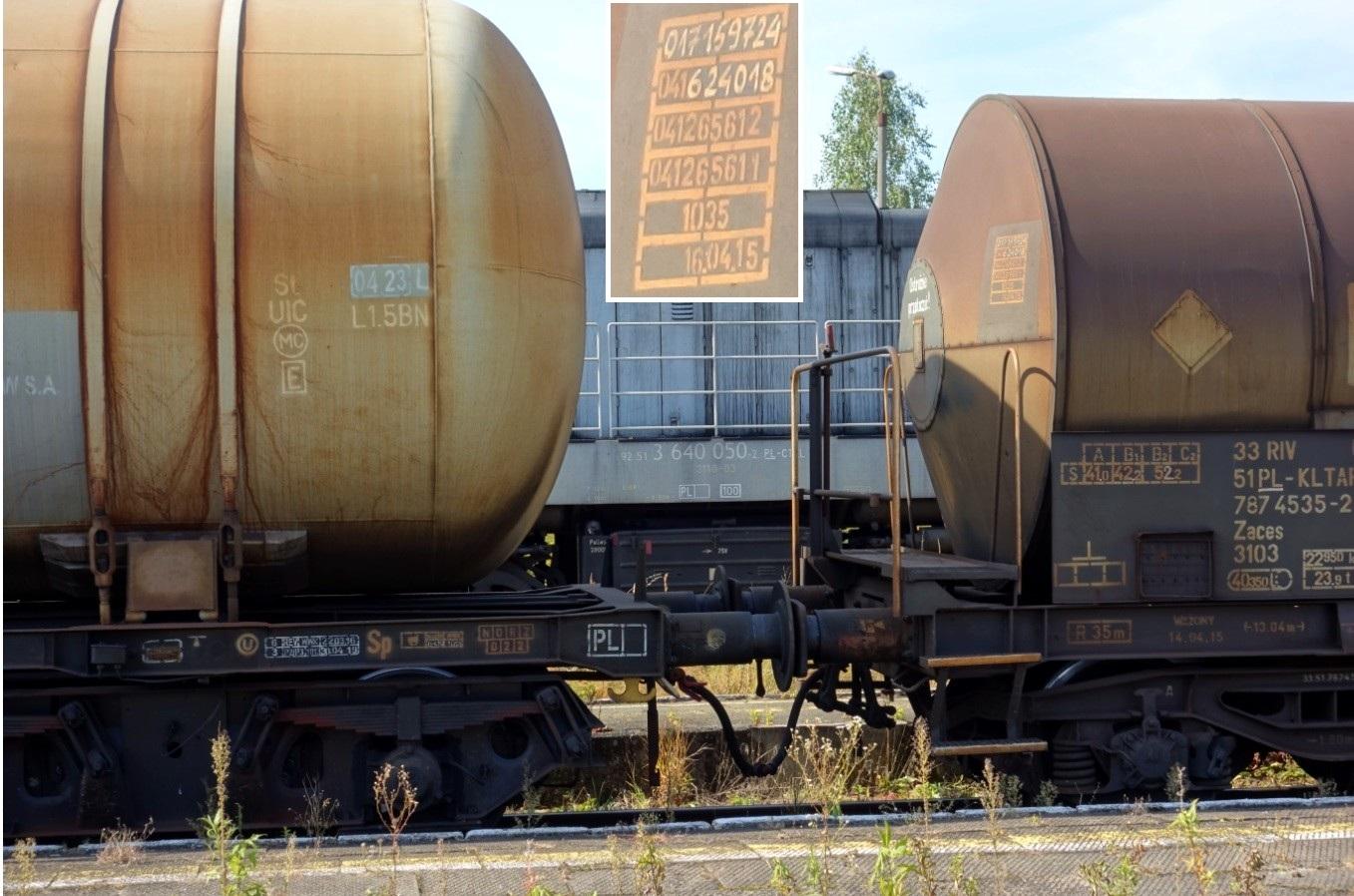 44. Stacja Dobre Miasto. Cysterna do przewozu RSM typu 435Ral KOLTAR Grupa Azoty (3).jpg
