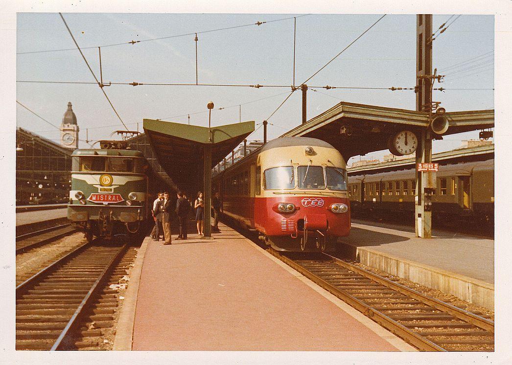 5 - Paris 1968.jpg
