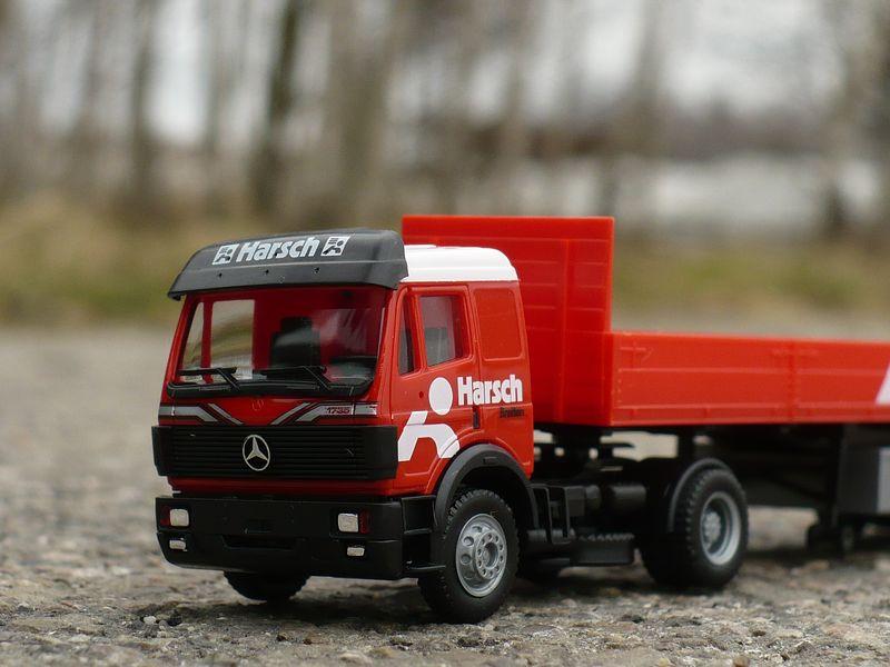 9.3 Mercedes-Benz SK 2 [800x600].JPG