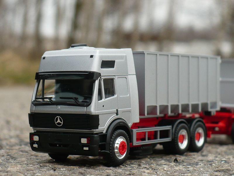 9.4 Mercedes-Benz SK 2 [800x600].JPG