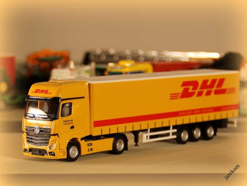 Actros DHL (1).JPG
