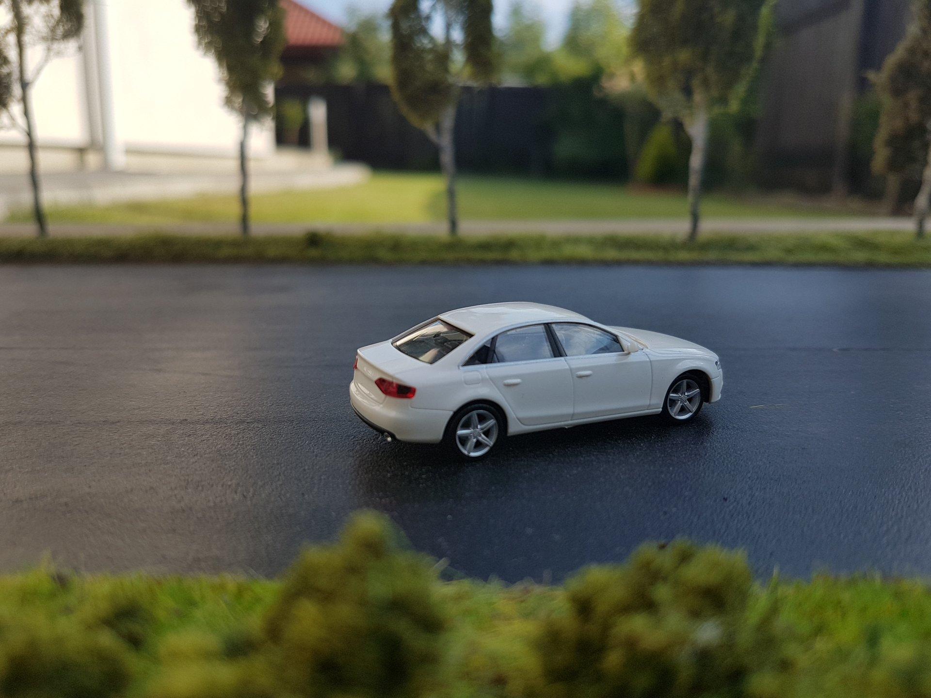 Audi A4 02.jpg