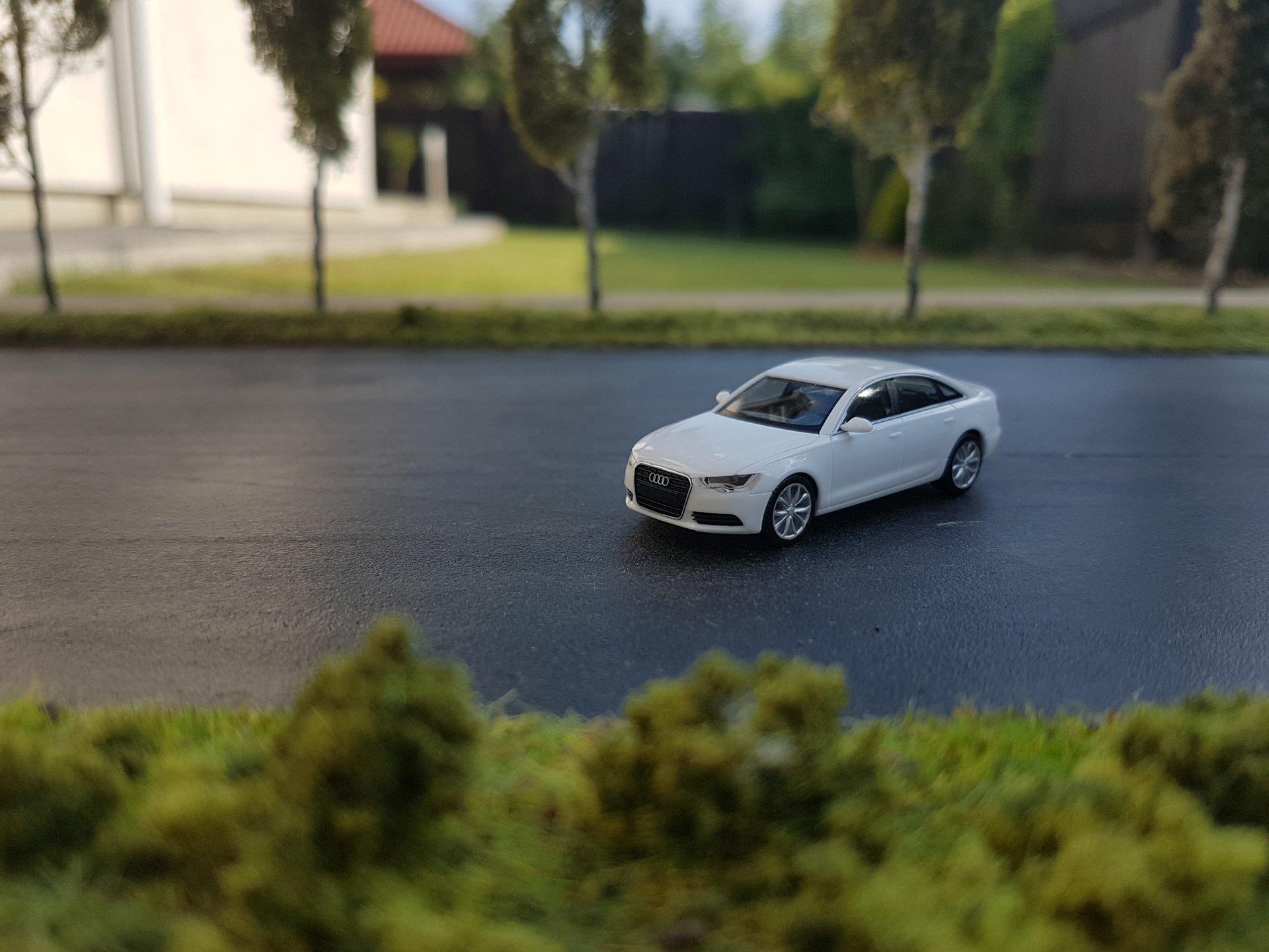 Audi A6 01.jpg