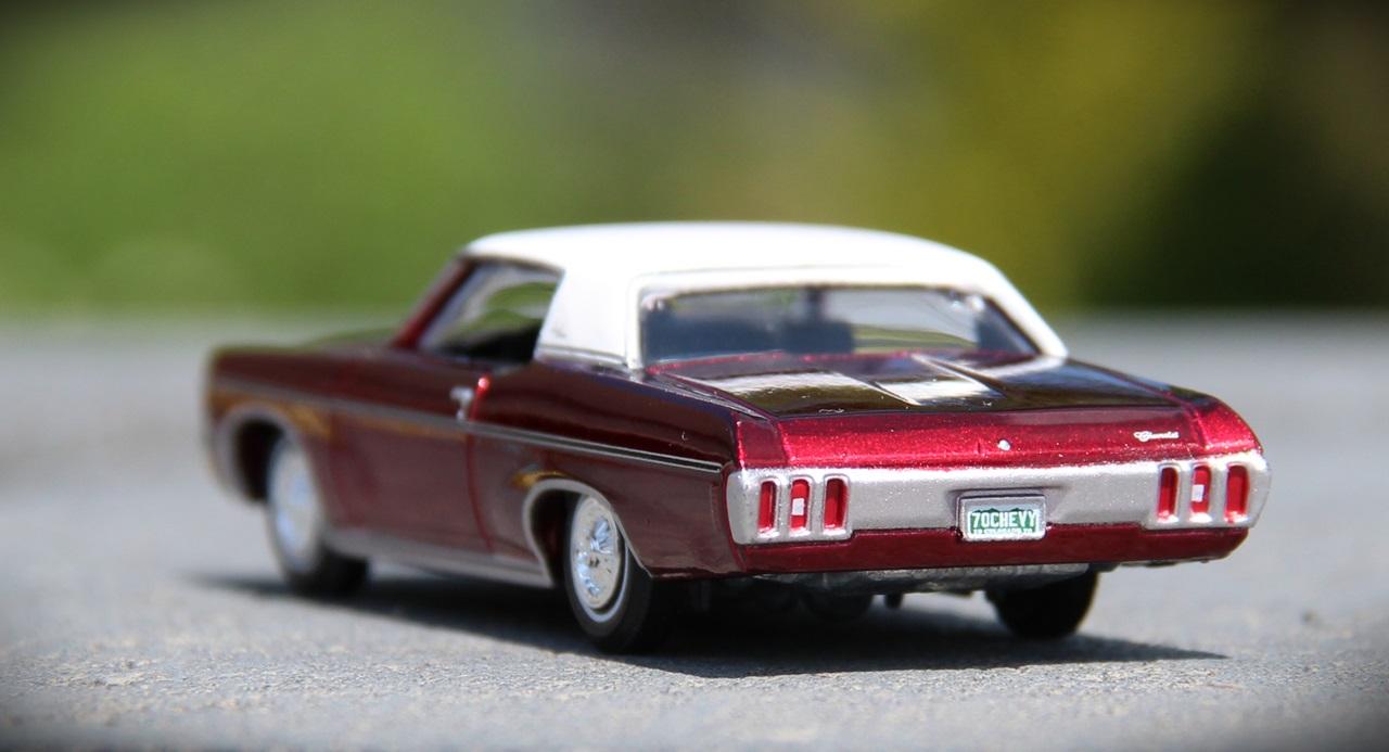 AW-Impala-UltraRed-08.JPG