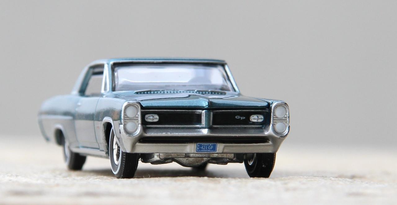 AW-Pontiac-GP-12.JPG