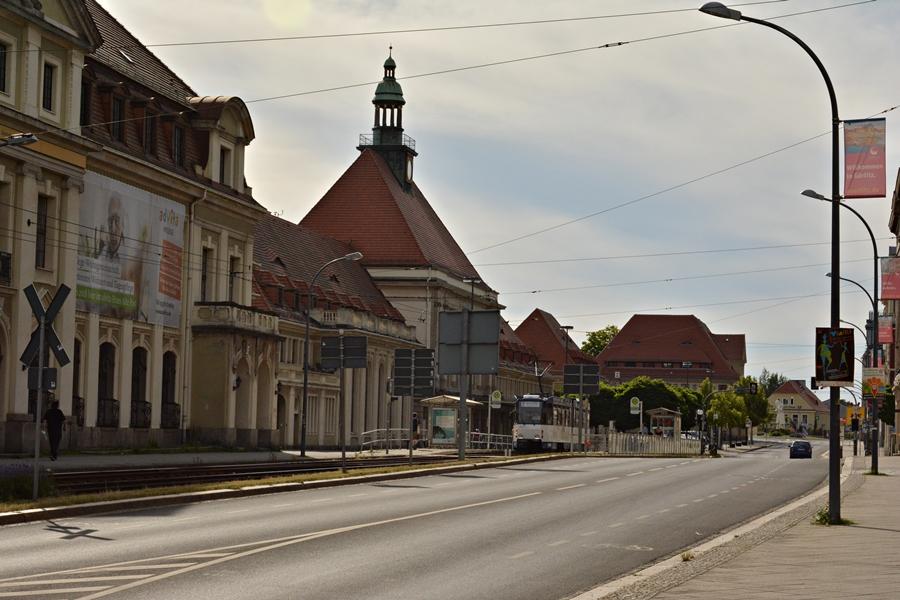 Bahnhofstr. przystanek przy dworcu. Tatra nr 308.JPG