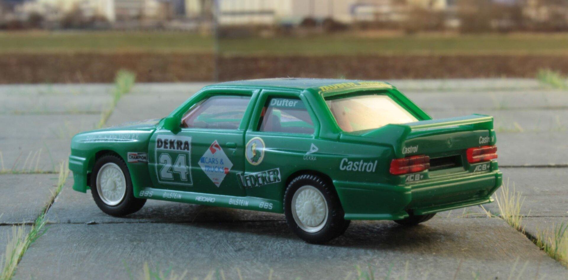 Bmw E30 Zauber team Herpa 2 .JPG