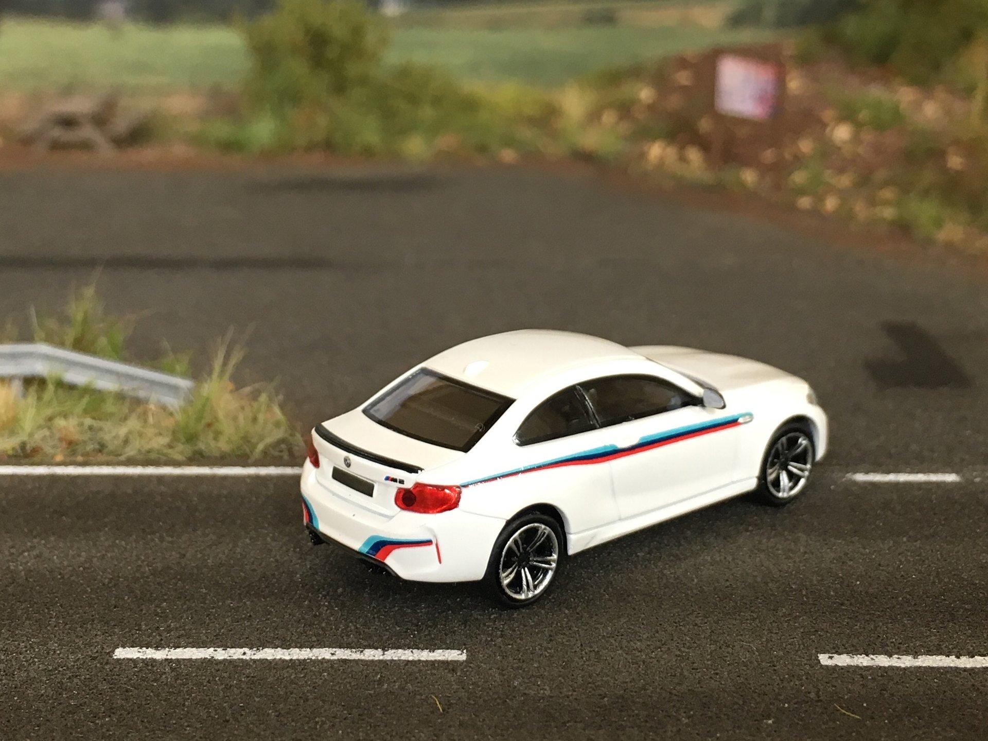 BMW M2 03.jpg