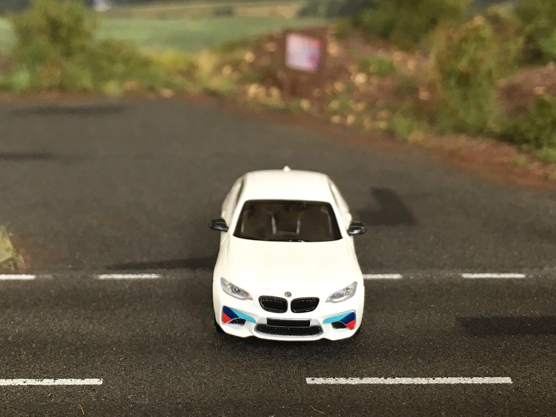 BMW M2 04.jpg