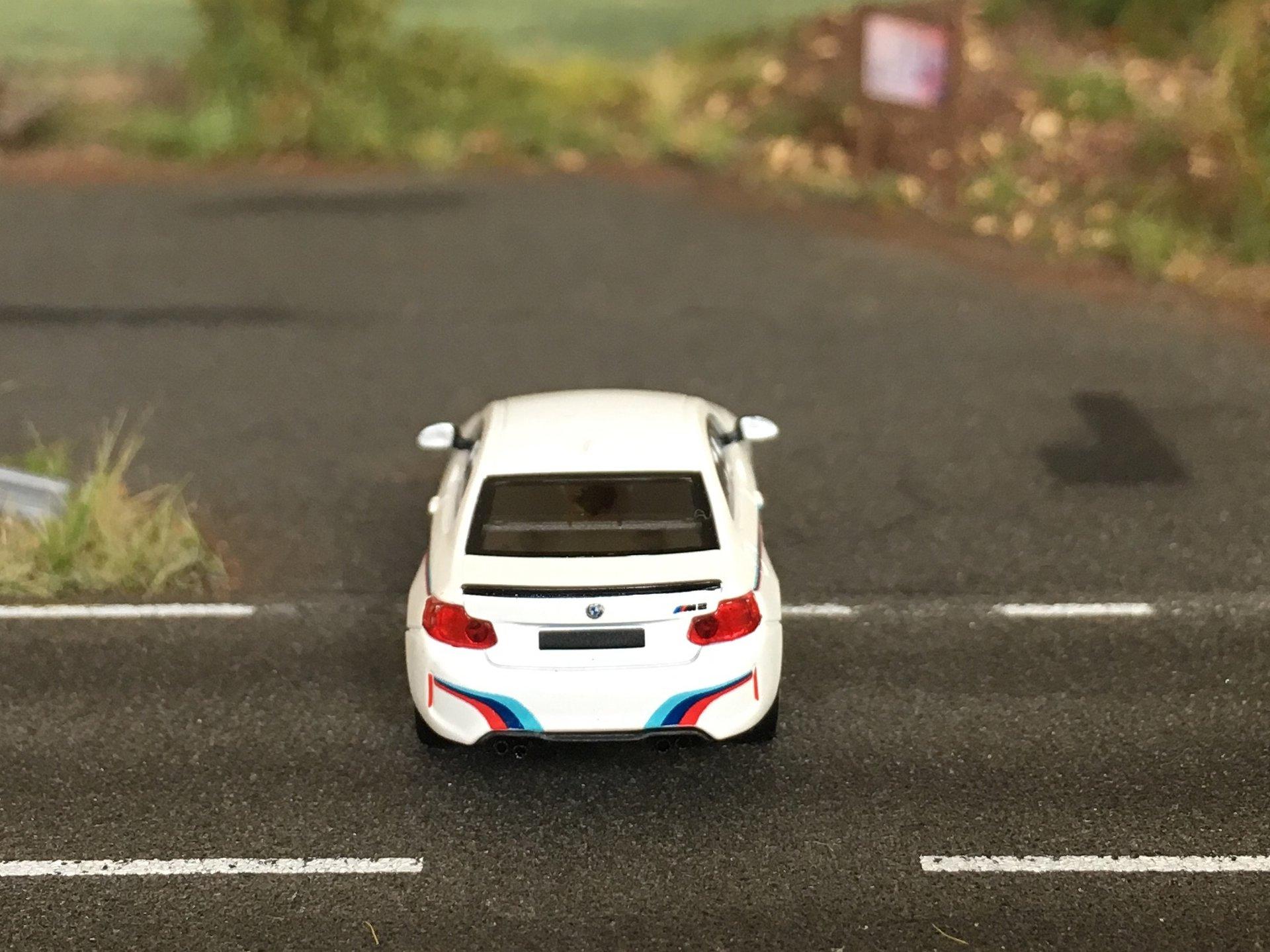 BMW M2 05.jpg