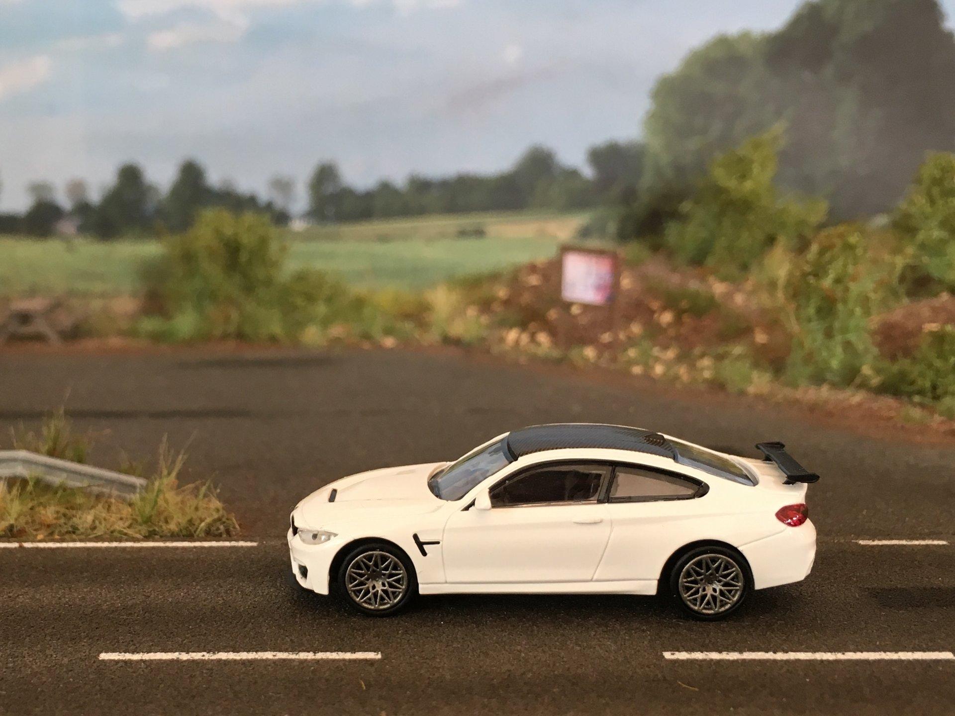 BMW M4 GTS 01.jpg