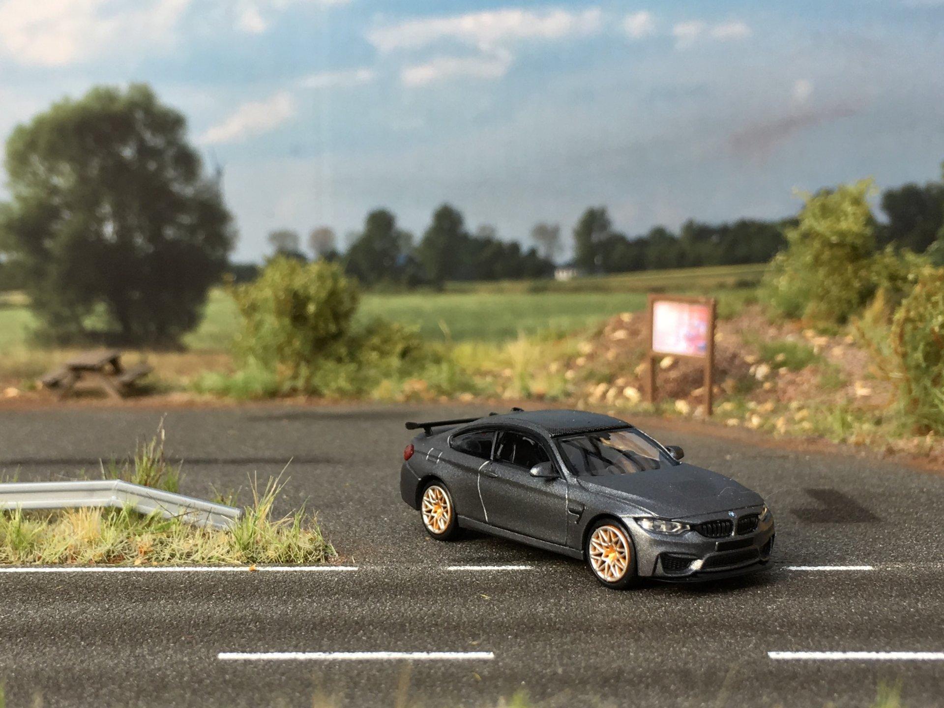 BMW M4 GTS grafit 002.jpg
