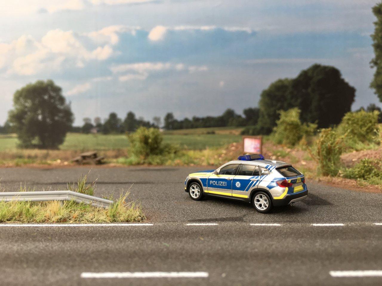 BMW X1 Polizei Bayern  03.JPG