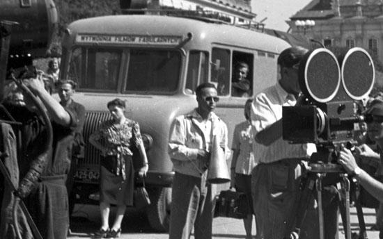 Bus-WFF-Przygoda-na-Mariensztacie-1953.jpg
