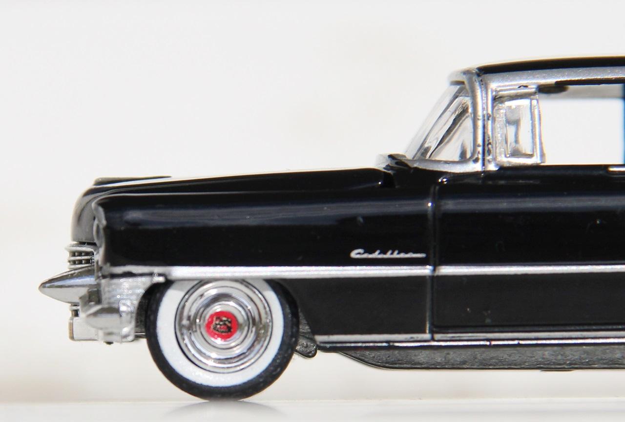 Cadillac-Fleetwood-55-14.JPG