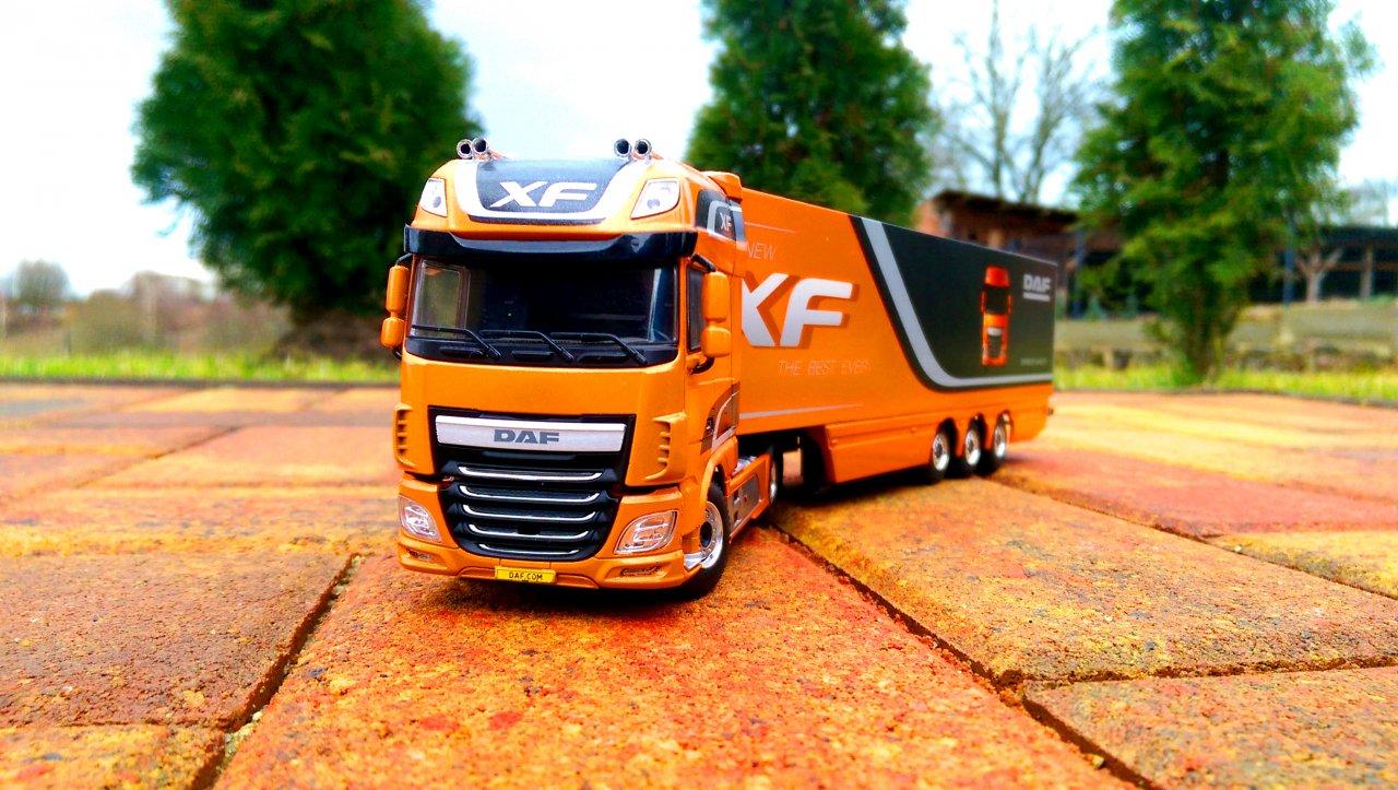 DAF 106XF SSC 1.jpg