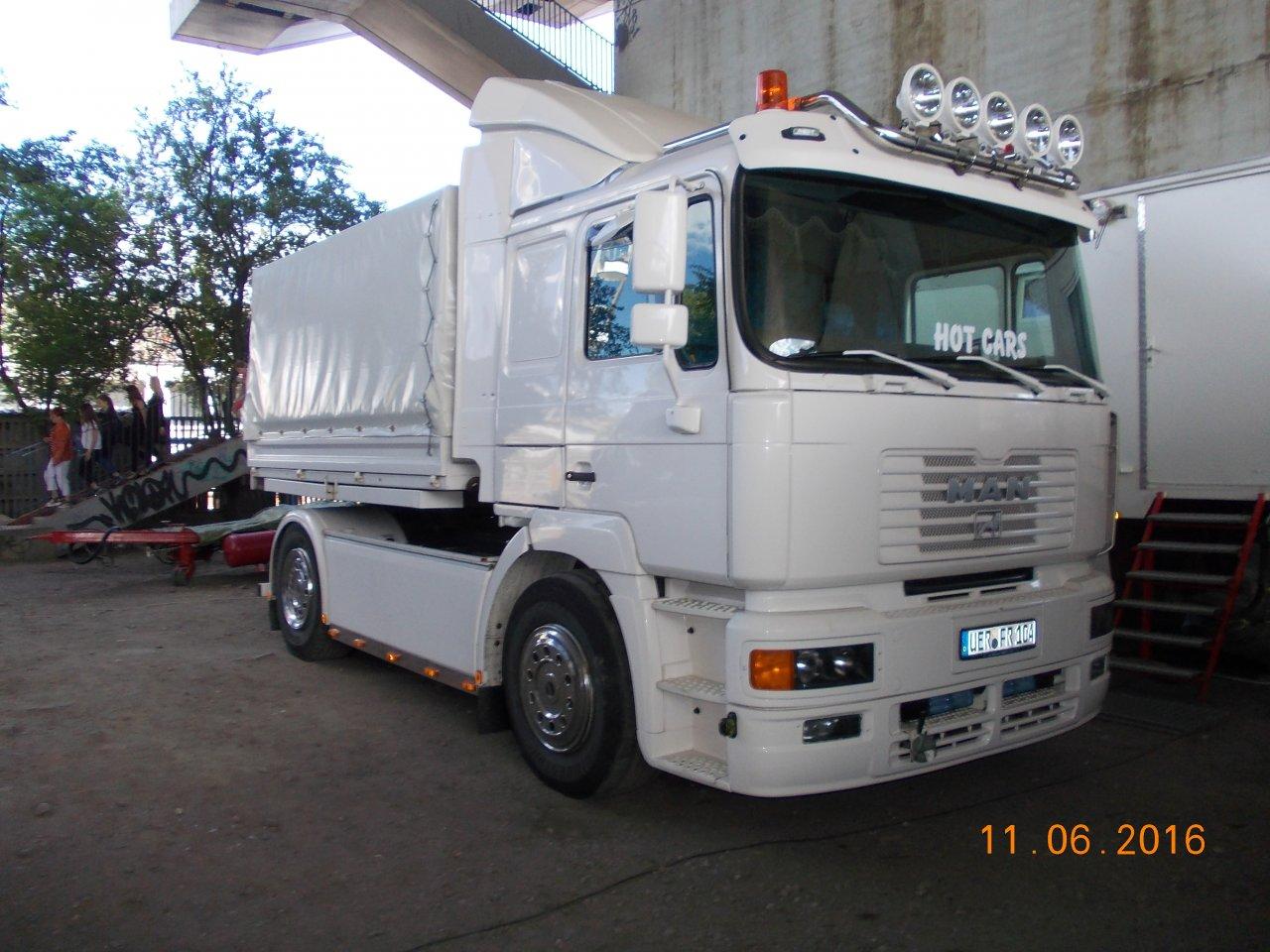 DSCN9911.JPG