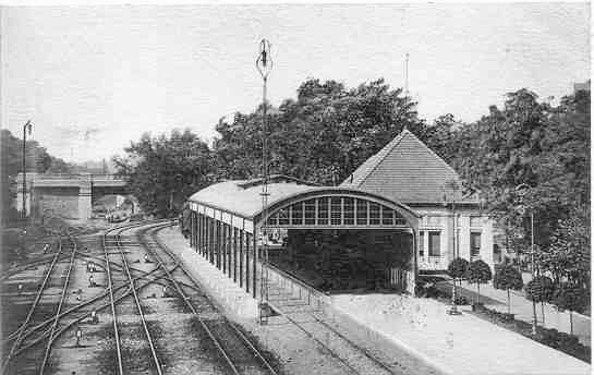 Dworzec Carski1913.jpg