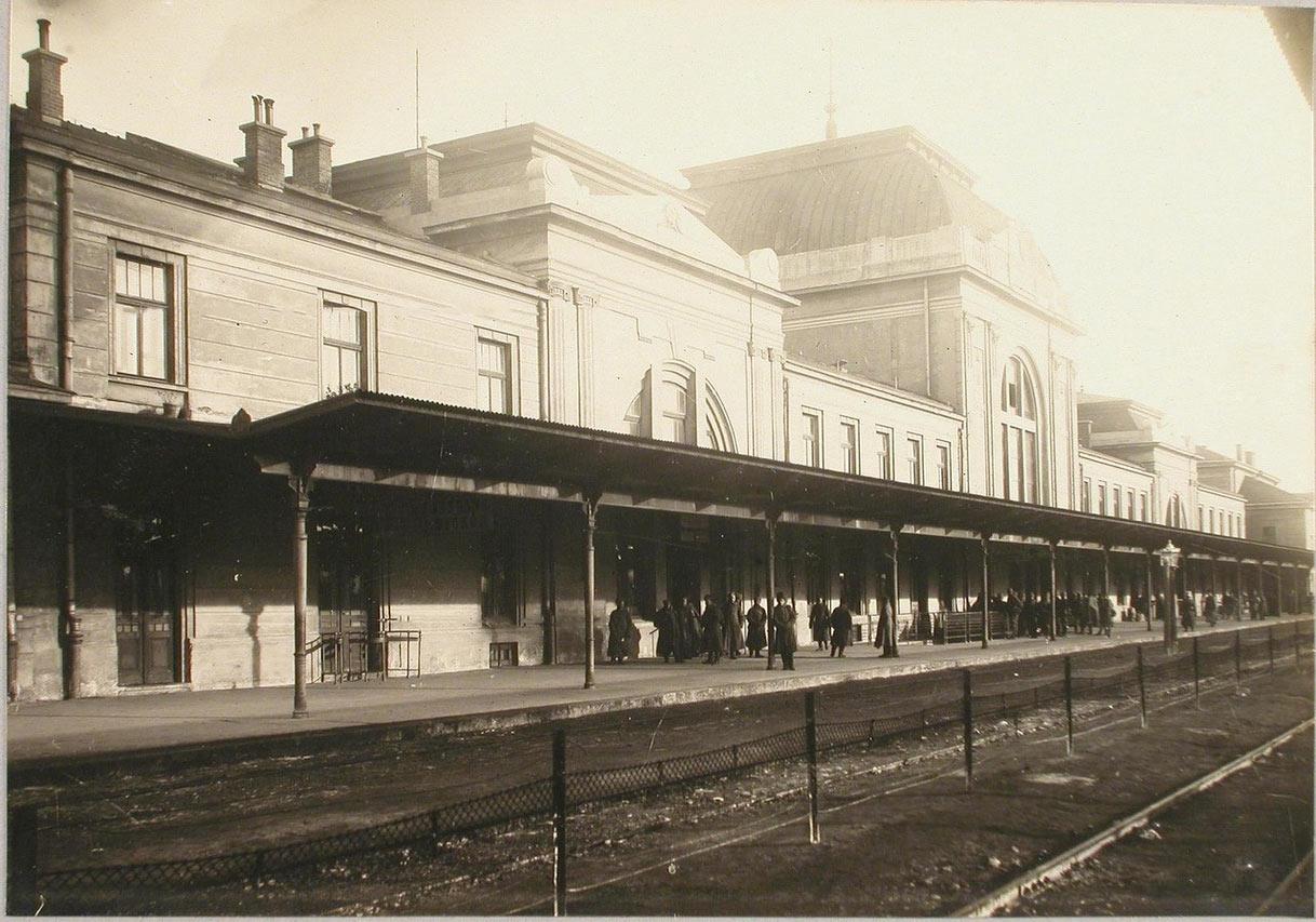 Dworzec Tarnów. Galicja. 1914-1915.jpg