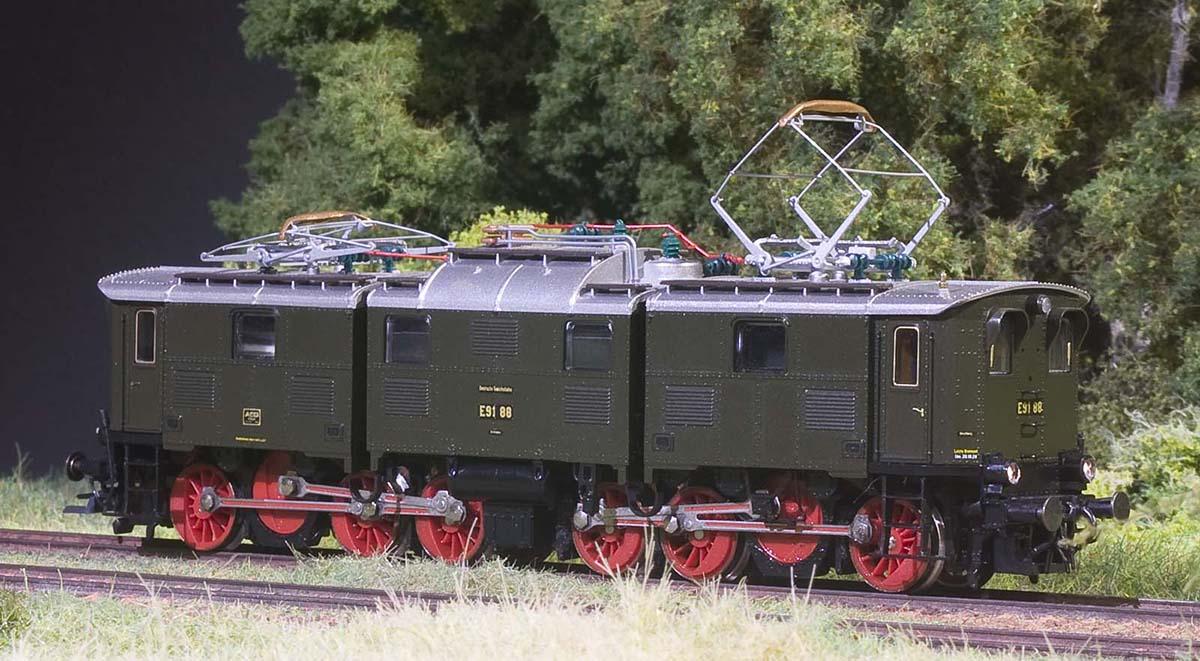 E91-3.jpg