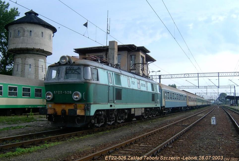 ET 22 526  ze Szczecina-Lębork 28.07.03.jpg