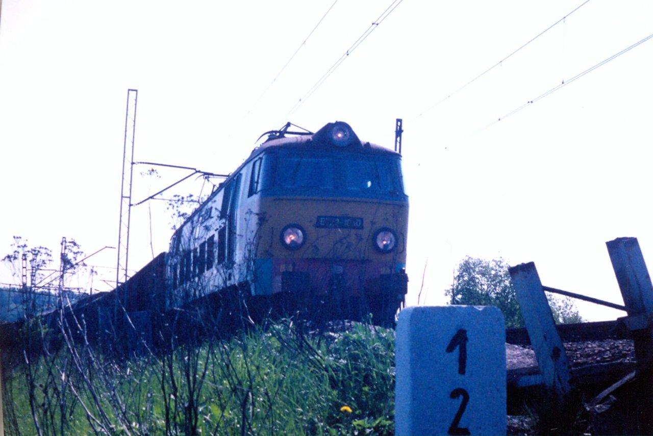 ET22-1030a.jpg