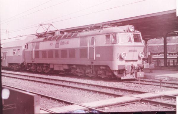 ET22-1121a.JPG
