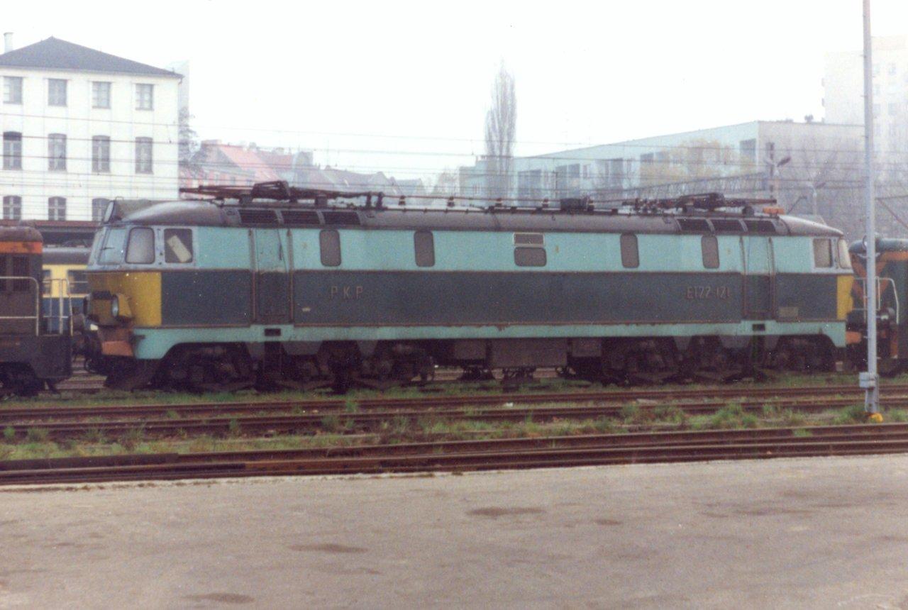 ET22-121c Rybnik 27.04.1997.jpg