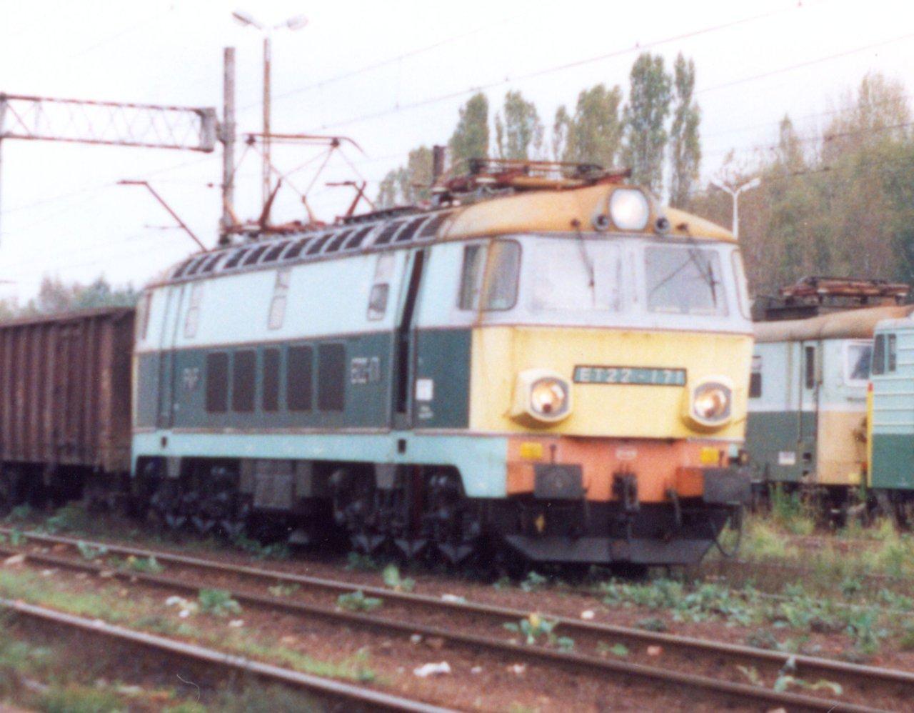 ET22-171 Rybnik 12.10.1999.jpg
