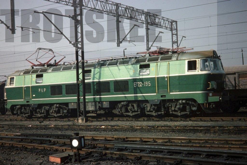 ET22-195 Poznan 1975.jpg