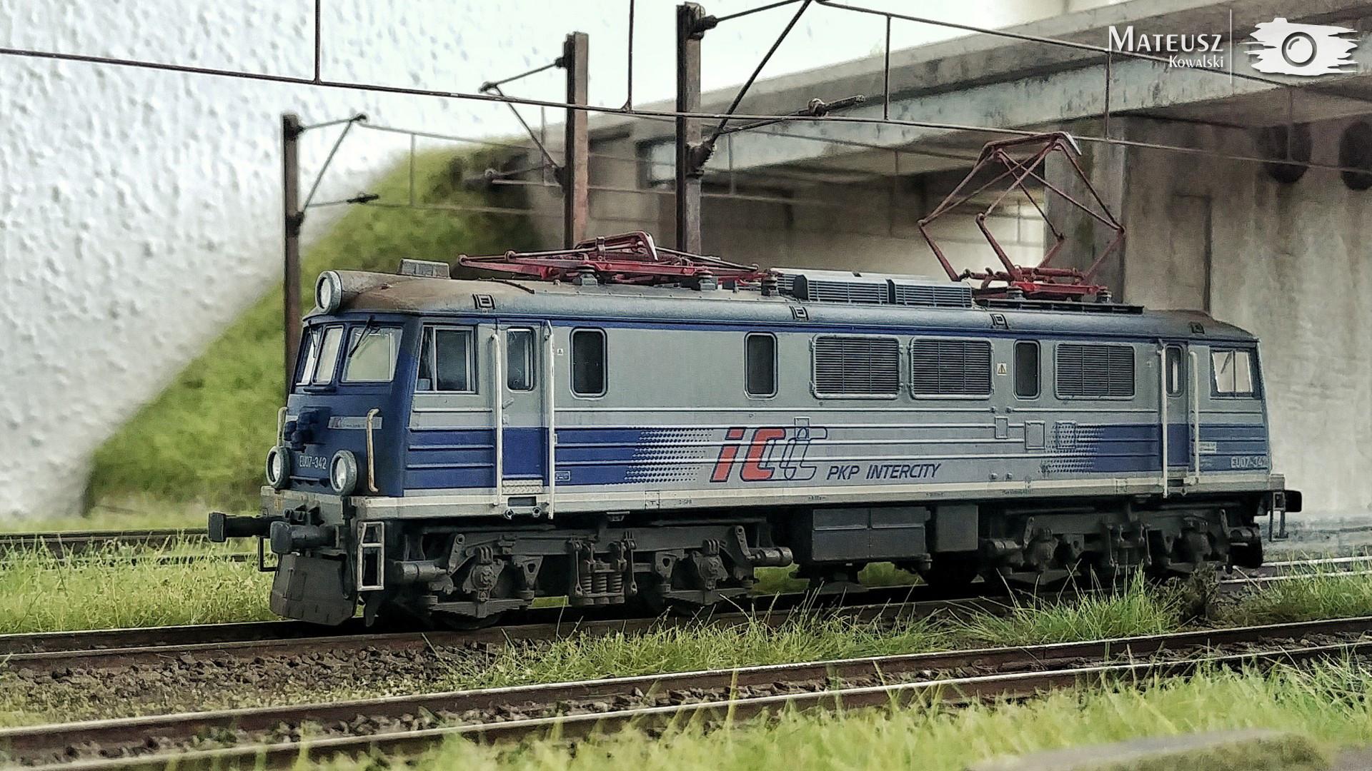EU07-342.jpg