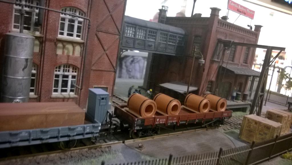 Fabryka budowy maszyn.jpg