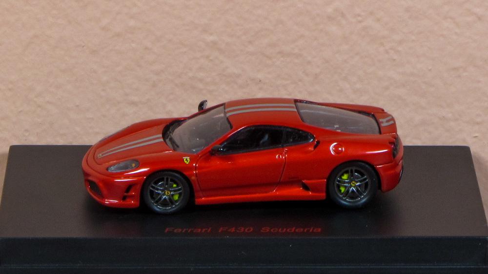 Ferrari F430 Scuderia czerw 01.jpg