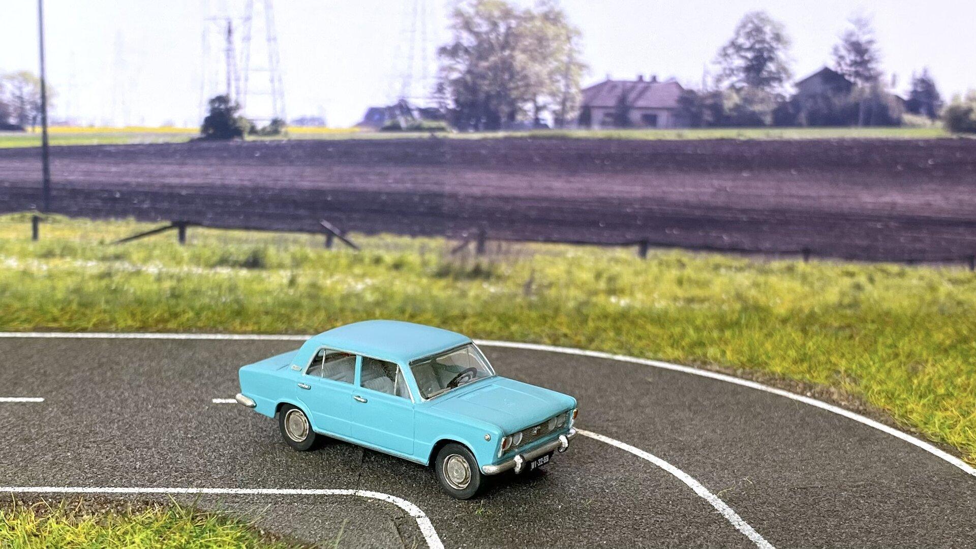 Fiat 125p MR69 002.jpeg