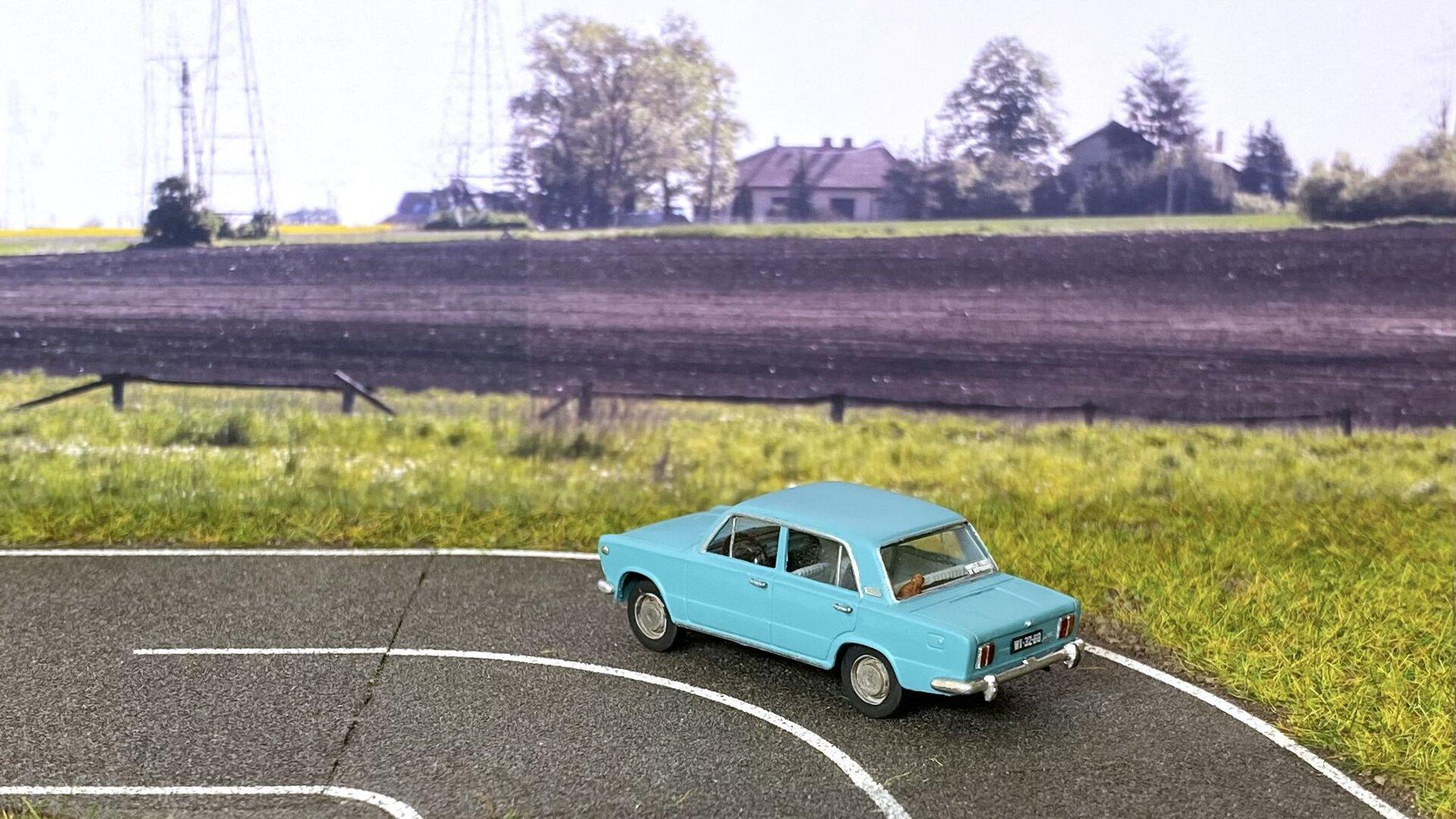 Fiat 125p MR69 003.jpeg
