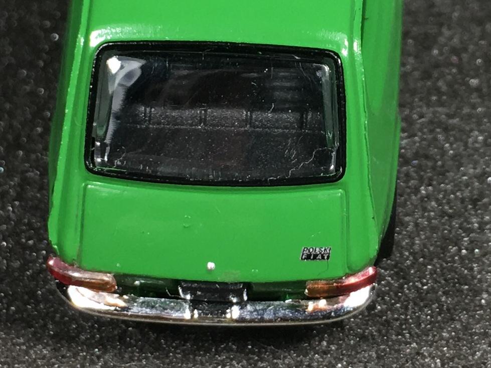 Fiat 127 zielony 008.jpg