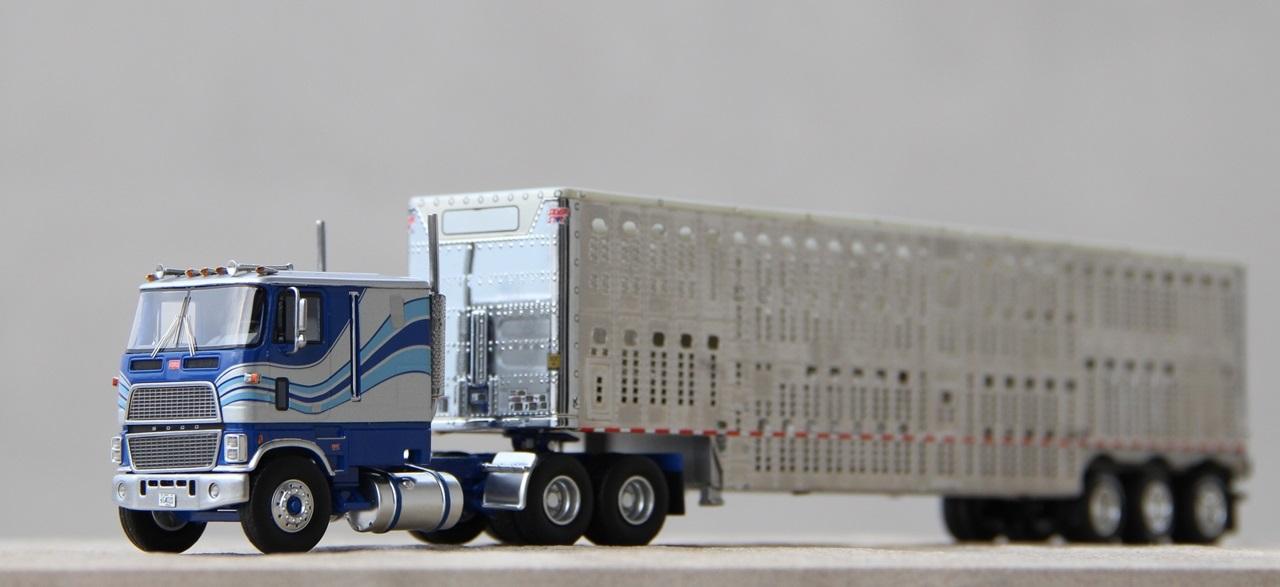 Ford-CLT-9000-03.JPG