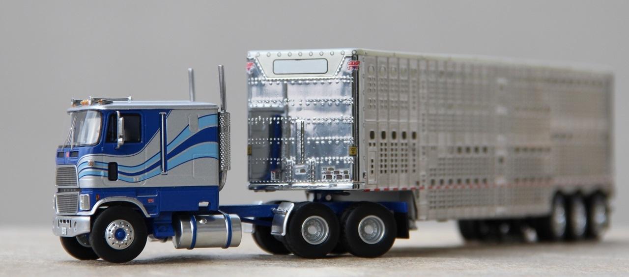 Ford-CLT-9000-05.JPG