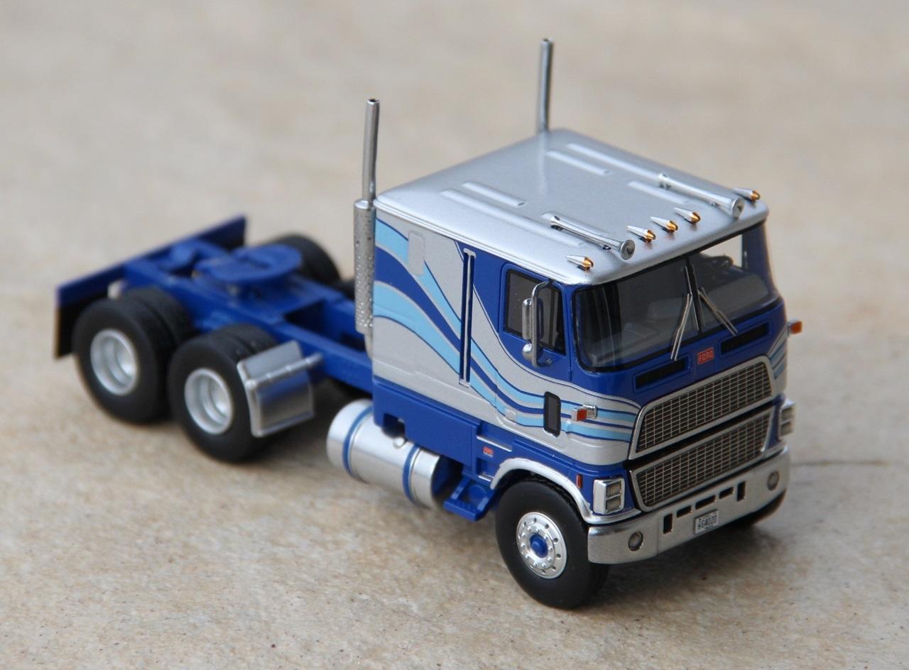 Ford-CLT-9000-06.JPG