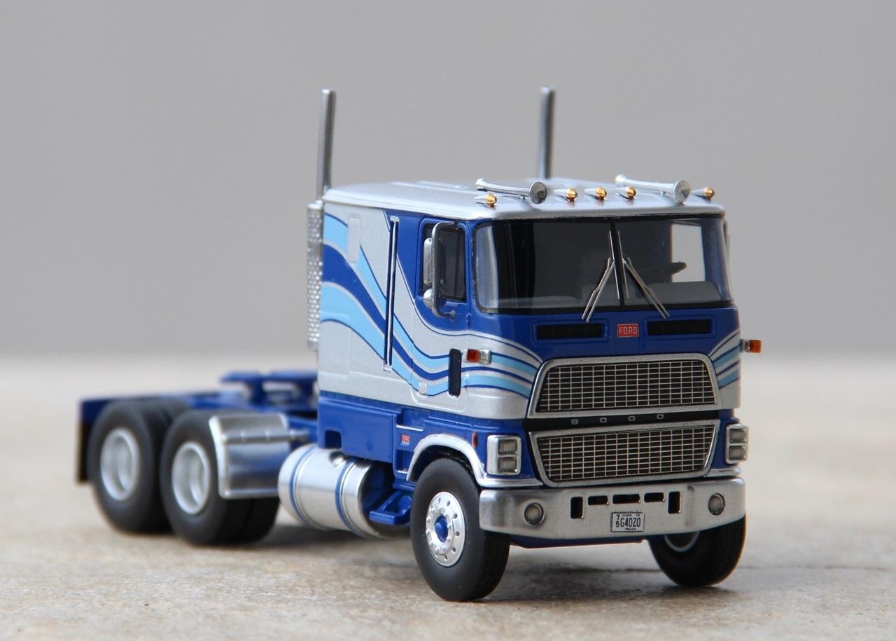 Ford-CLT-9000-07.JPG