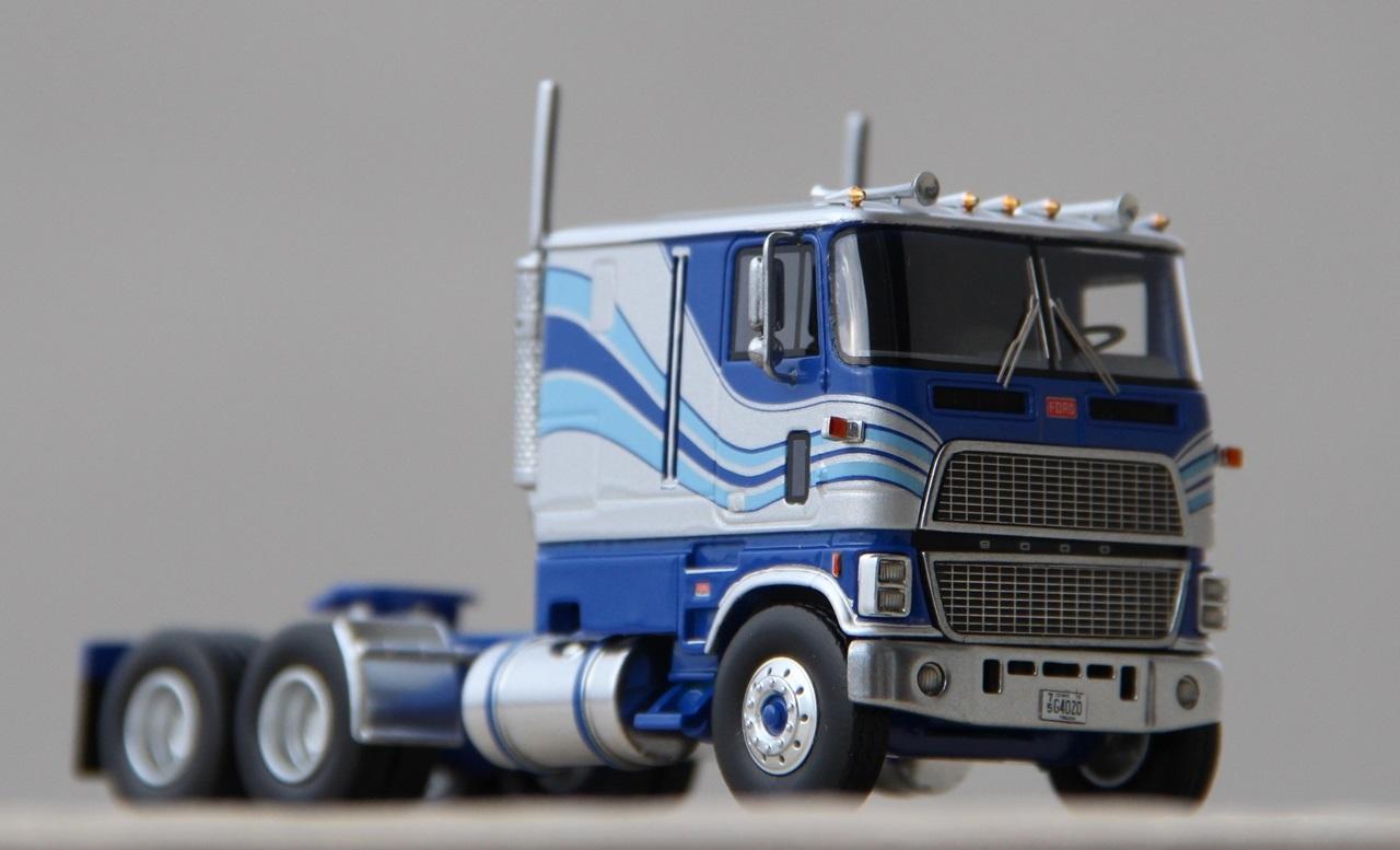Ford-CLT-9000-09.JPG