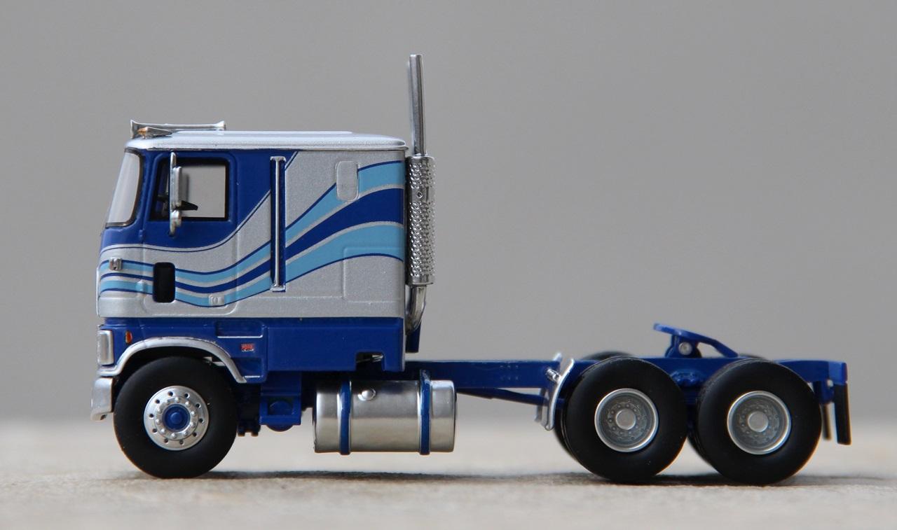 Ford-CLT-9000-11.JPG