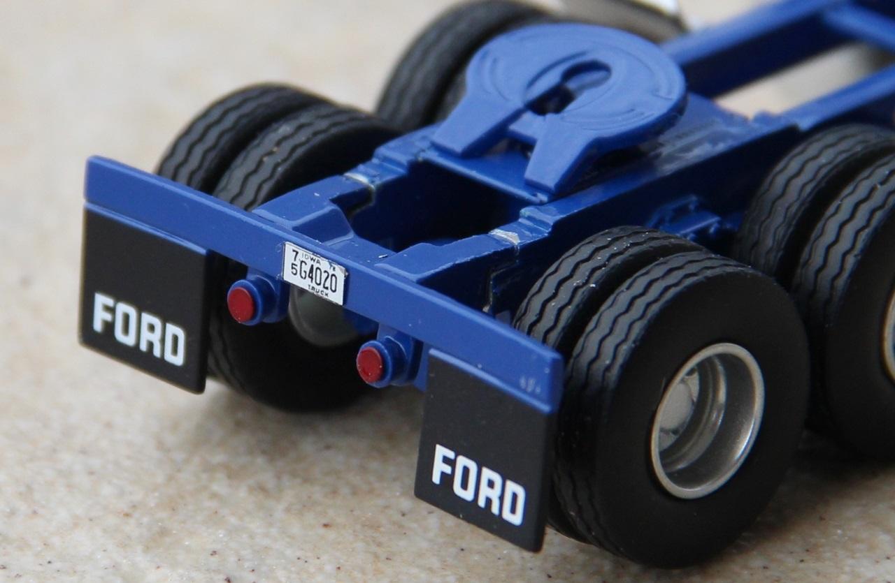 Ford-CLT-9000-16.JPG