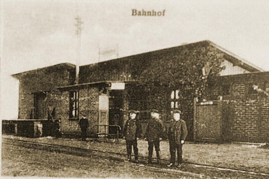 Fragment-dworca-w-Choczewie-1910.jpg