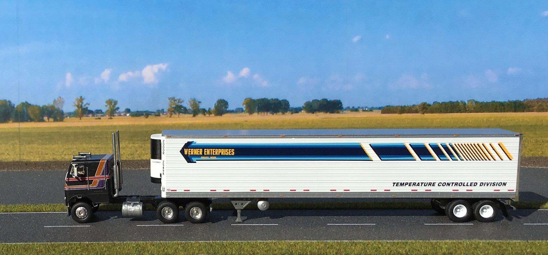 Freightliner chłodnia Werner 001.jpg