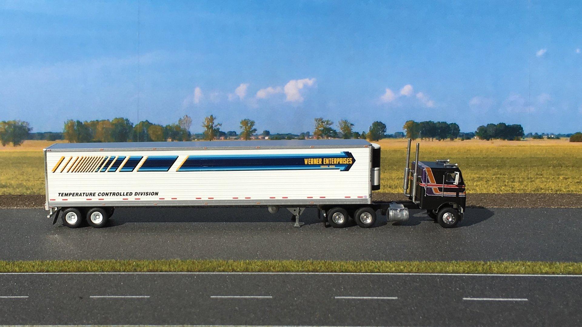 Freightliner chłodnia Werner 004.jpg